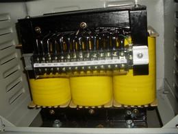 三相单相变压器